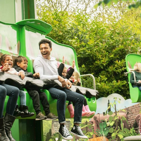 Coach & Minibus Hire to Alton Towers - Best Prices